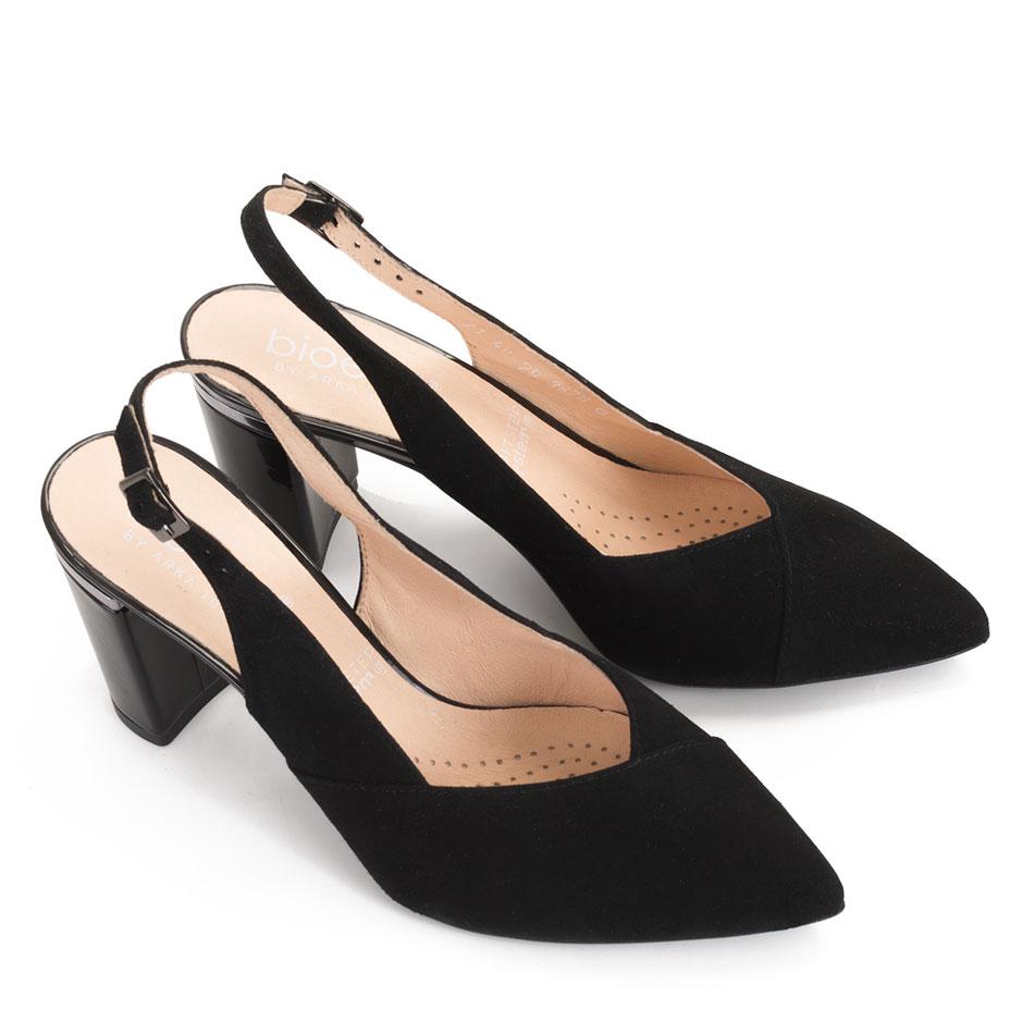 Czarne welurowe sandały z oblekanym obcasem