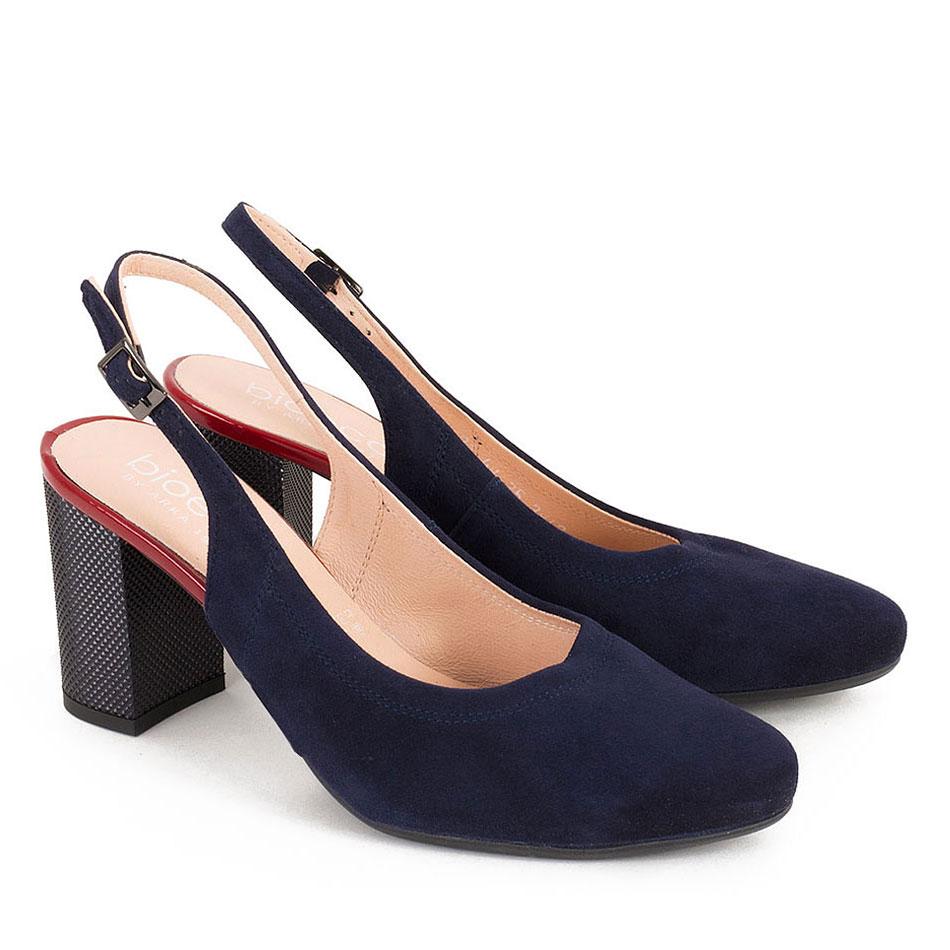 Granatowe zamszowe sandały