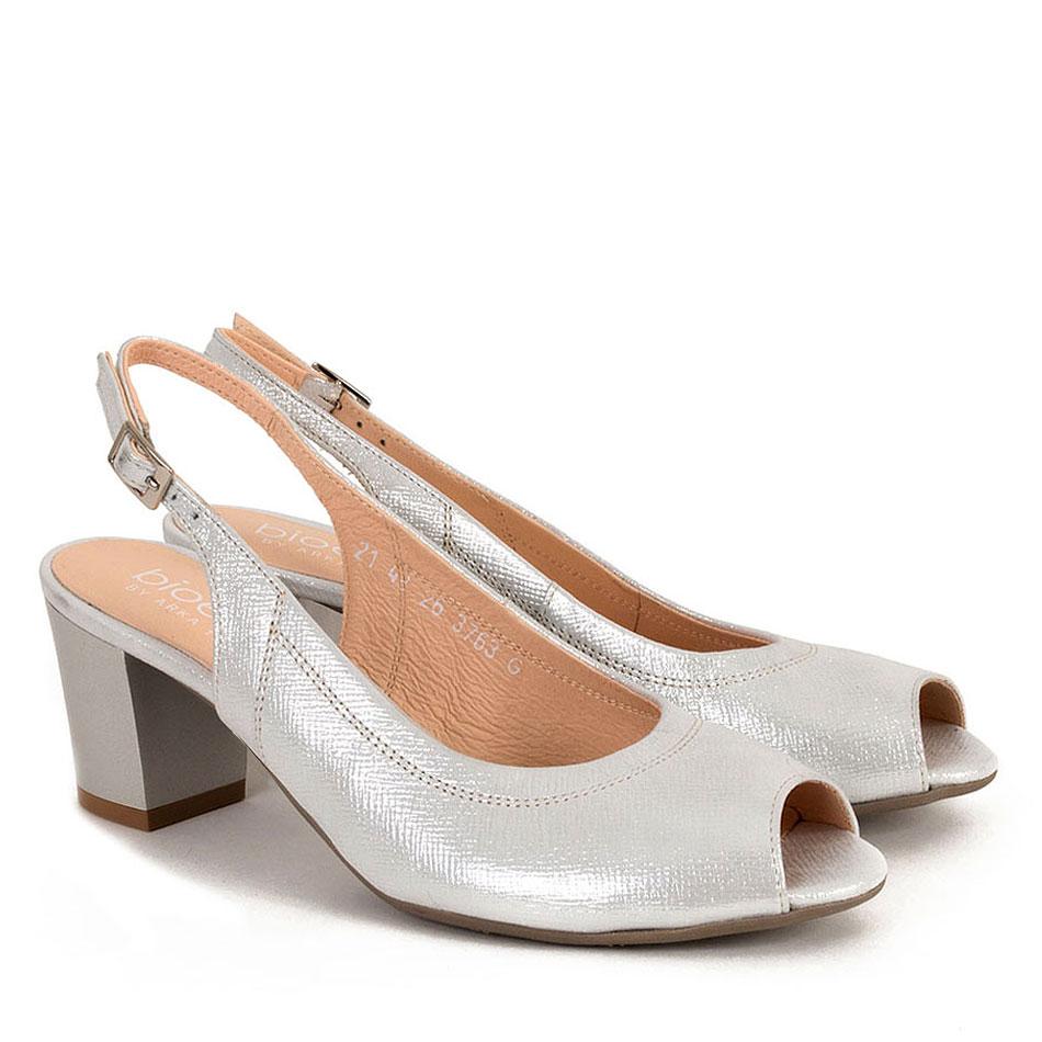 Srebrne skórzane sandały